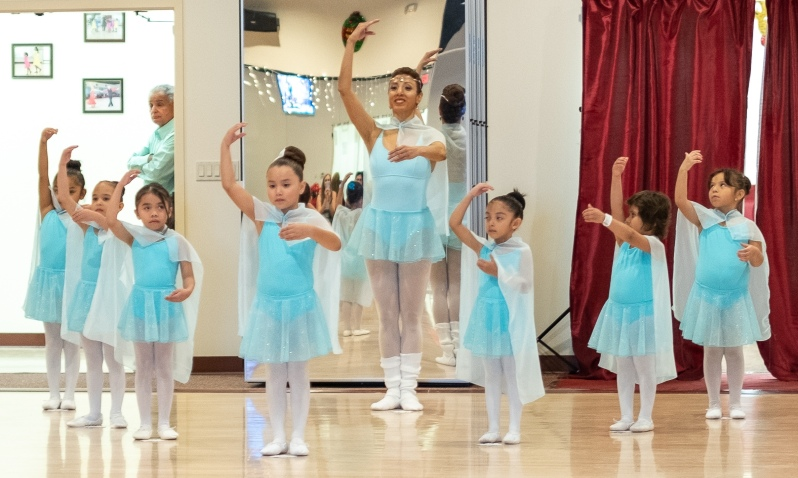 Ballet dance classes for children in Houston and Sugar Land